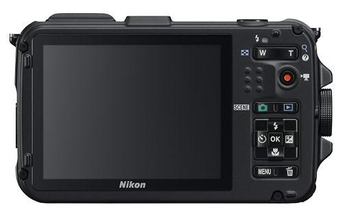 le Nikon Coolpix AW100 noir de dos