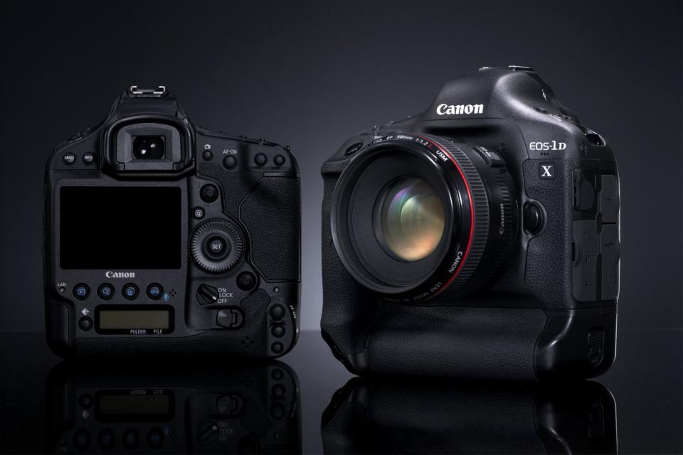 Retards pour l'EOS-1D X et l'EF 24-70mm f/2.8L II USM de Canon
