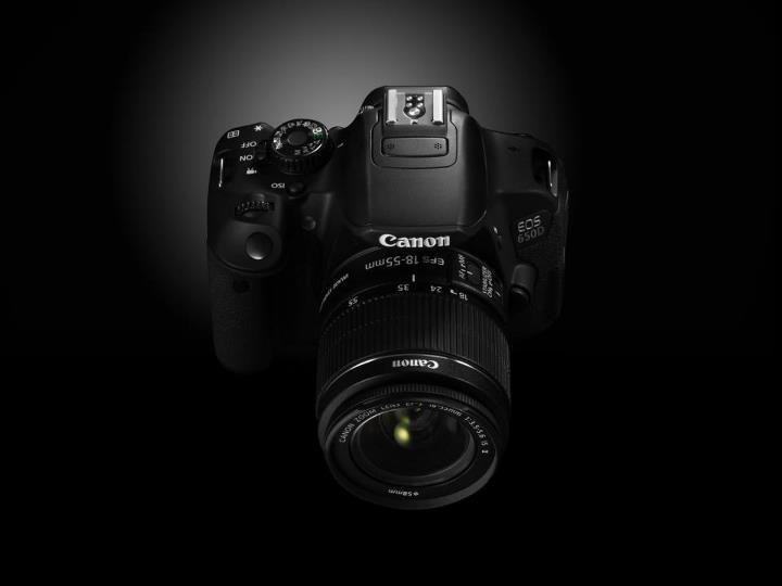 EOS 650D, nouveau reflex de Canon avec écran tactile multipoint