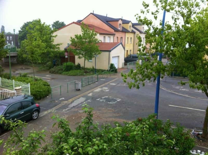 http://i49.servimg.com/u/f49/11/69/53/34/la_rue10.jpg