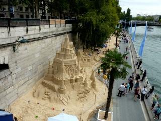 Un château de sable...  dans Le jardin des souvenirs 08410