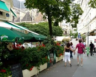 Après le Pont Marie...  dans Le jardin des souvenirs 11210