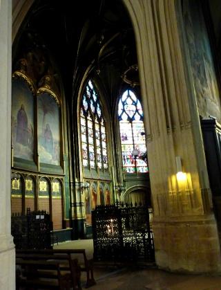 L'Eglise Saint Gervais...  dans Le jardin des souvenirs 13711