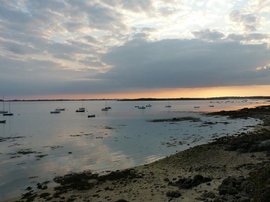 Le soir du premier bain de mer au coucher du soleil...  dans Le jardin des souvenirs 279_210
