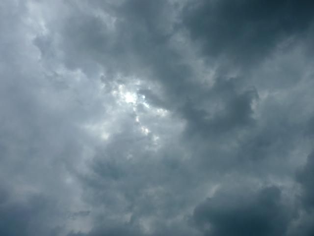 Le temps fût nuageux...  dans Le jardin des souvenirs 47310