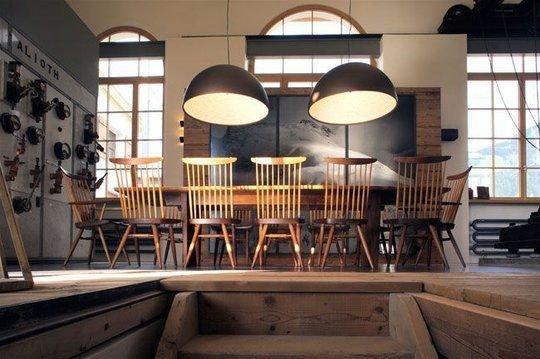 quels conseils pour associer rustique et contemporain. Black Bedroom Furniture Sets. Home Design Ideas