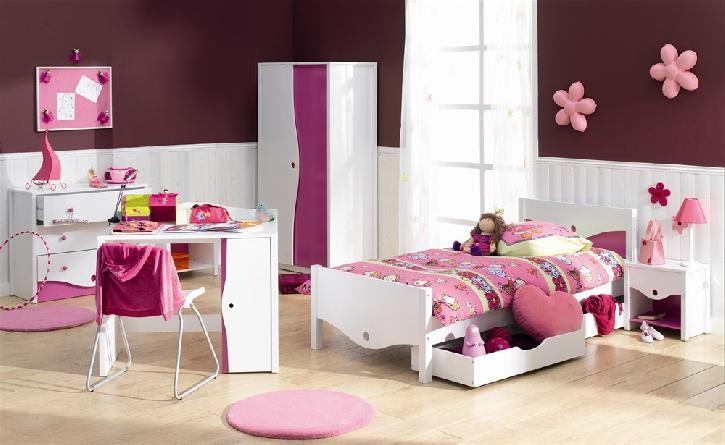 chambre de ma fille de 3 ans. Black Bedroom Furniture Sets. Home Design Ideas