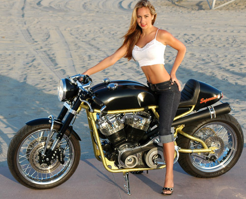 Fotos Custom moreover Watch moreover Watch also 6855 1983 kawasaki ltd 750 twin air cooled standard cruser red motorcycle further T4732p75 Le Topic Du Cafe Racer. on custom v65 magna