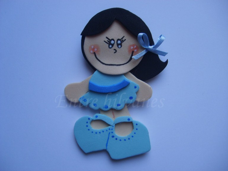 Muñecas planas de goma eva - Imagui