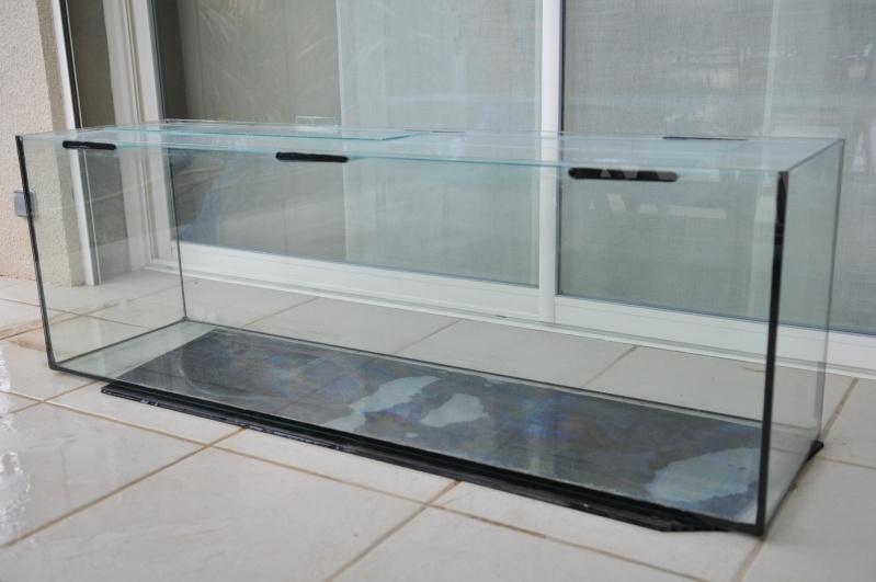 vend aquarium terrarium 300l. Black Bedroom Furniture Sets. Home Design Ideas