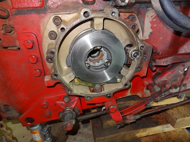 Probleme de frein ih423 les tracteurs rouges - Se couper le frein du gland soit meme ...
