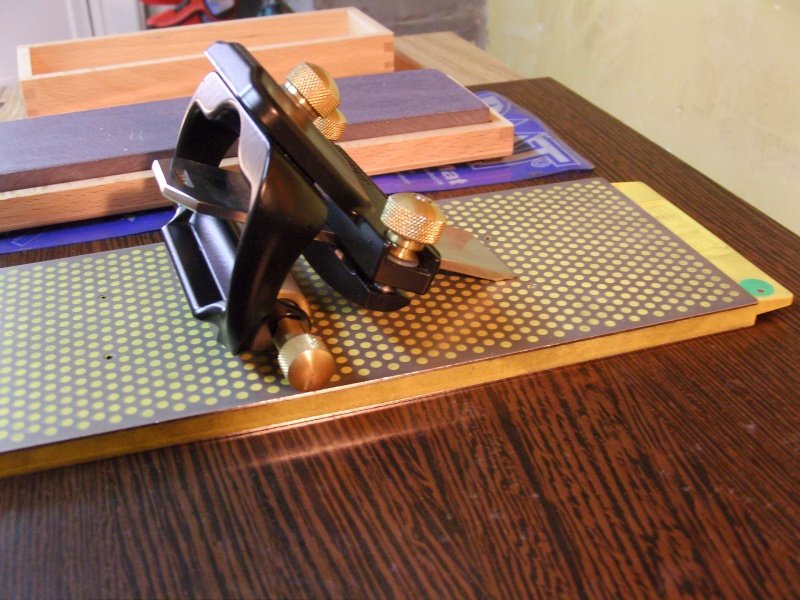 tuto aff tage des lames de rabots et des ciseaux bois. Black Bedroom Furniture Sets. Home Design Ideas