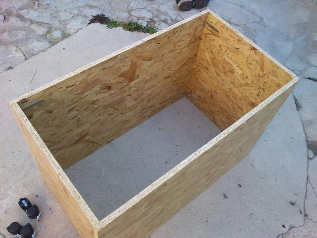 Fabrication D'Une Batterie De Terrariums (Enfin Fini!)
