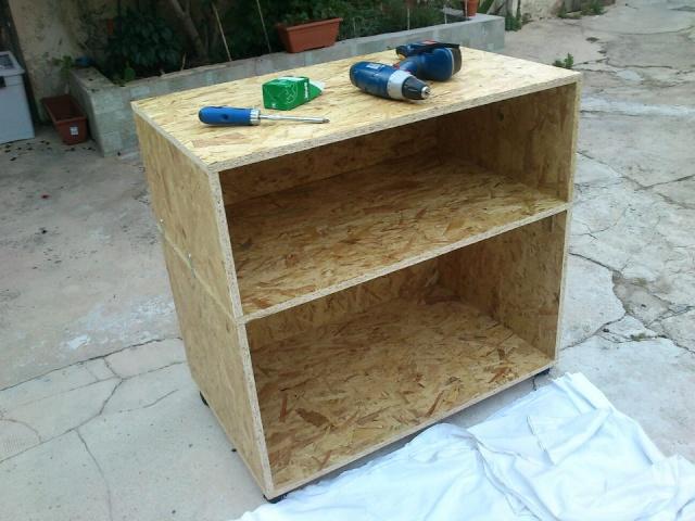fabrication d 39 une batterie de terrariums enfin fini. Black Bedroom Furniture Sets. Home Design Ideas