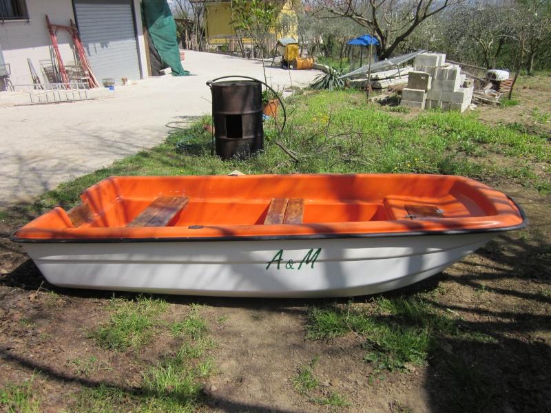 Vendo barca in vetroresina come nuova 3 mt ottima per for Barca a vapore per barche da pesca