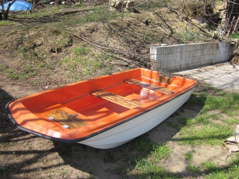 Vendo barca in vetroresina come nuova 3 mt ottima per for Laghetto vetroresina usato