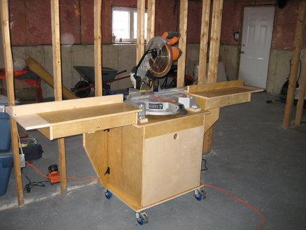 r alisation d 39 un meuble support pour scie onglet. Black Bedroom Furniture Sets. Home Design Ideas
