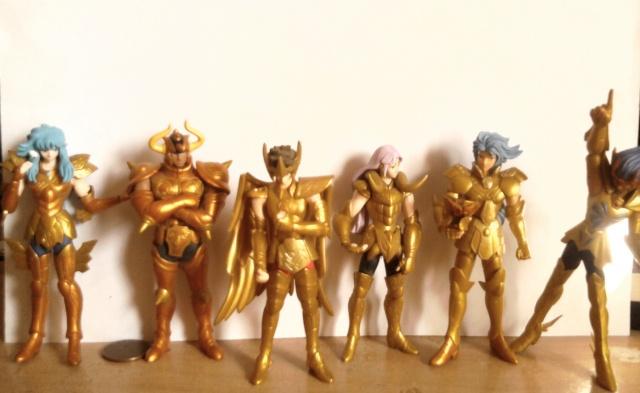 Ma esistono action figures mobili di Saint Seiya?
