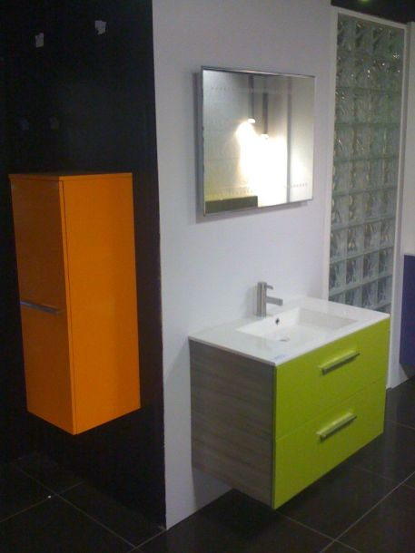 couleur salle de bain moderne. Black Bedroom Furniture Sets. Home Design Ideas